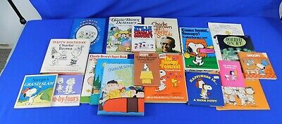 Lot of 14 Vintage Charlie Brown Hardcover Books & Colorforms Set Peanuts Snoopy