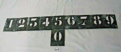 C228 Ensemble de pochoirs - chiffres 10