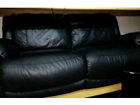 3 seater orignal leather dfs sofa can deliver