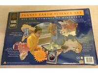 NEW SALTER Young Scientist Planet Earth Science Set