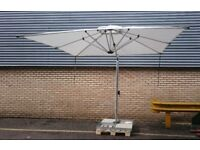 Premium Commercial Parasol 2.7x2.7m tilt sidepost model Shademakers