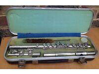 Boosey and Hawkes Regent Flute Silver Plated Nickel + Hard Case