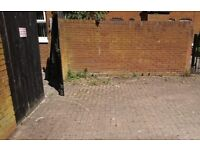 Off street parking space lower Ormeau road 5 - 10 mins walk to city centre