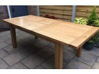 Solid Oak Extending Dining Table & Eight Chairs. Excellent !!