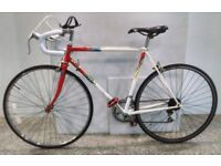 Falcon Streak Race 10 Vintage Road bike 21 inches frame in Red/White with New parts & upgrades