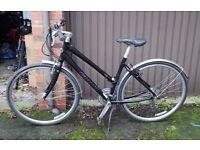 Giant CRS 3.0 bike - Womens hybrid bicycle