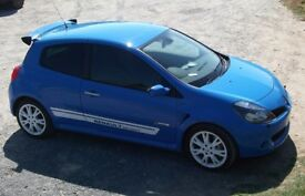Renault Clio Sport 197, hatch back ,racing blue with alloys and spoiler (factory).