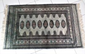 BOKHARA RUG - BEAUTIFUL 25 YEAR OLD GENUINE -TRADITIONAL PAKISTAN HAND KNOTTED - EXCELLENT CONDITION