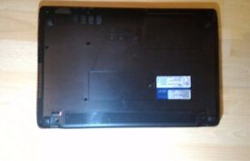 laptop ASUS X53 spares repairs. no charger. cash on collection