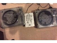 Ministry of Sound MOSTT1000 Twin set Turntables and mixer with Vinyl