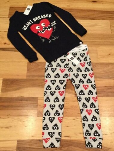 Baby Gap Boy Factory Size 12-18 Month Pajamas. Heart Breaker