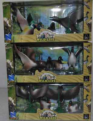 New Ray Wildlife Ducks Series Figures of 12 set