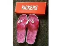 kickers slippers