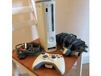 Xbox 360, Leads & Controller £25