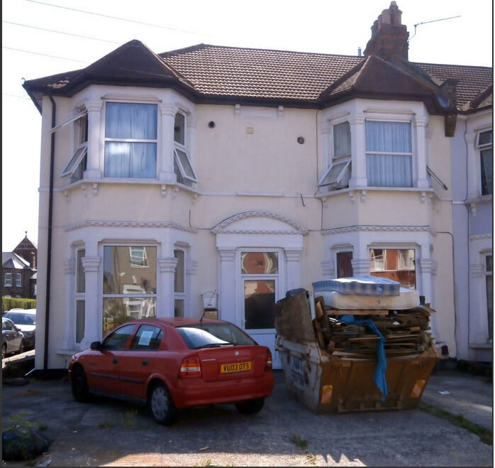 1 Bedroom Ground Floor Flat in Goodmayes, Ilford IG3 8TR ===Part DSS Welcome===