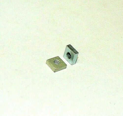 8/32 SQUARE NUTS - ZINC PLATED - LOT OF 200 PCS.