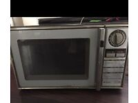 INDUSTRIAL MICROWAVE OVEN (National)