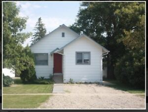 House for sale or rent,  located in Neilburg, SK