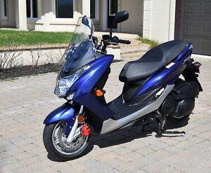 Scooter Yamaha SMAX 155cc neuf (seulement 300km)