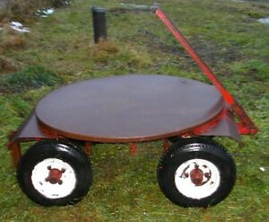 Turn-table wagon/table tournante