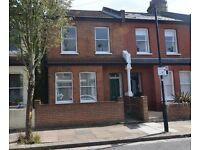 2 bedroom flat in Lochaline Street, Hammersmith, W69