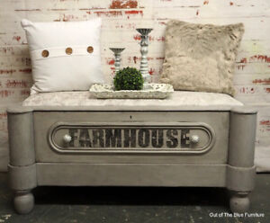 French farmhouse style entry bench