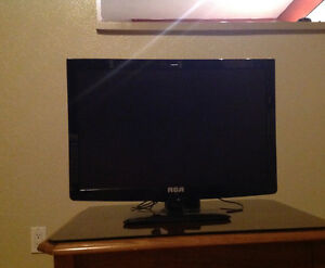 "22"" RCA tv with built in DVD player"