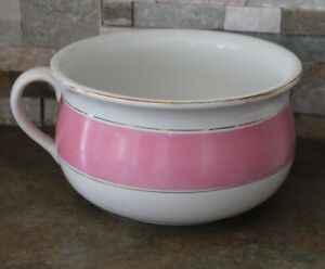 PORCELAIN CHAMBER POT