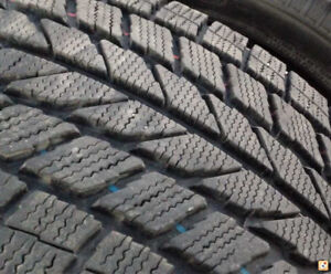 Winter tires HUGE &complex tread 195 55 15 used 3000km only TOYO