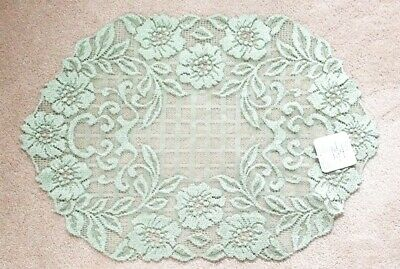 """Heritage Lace """"Floral Trellis"""" Doily Placemat Scarf 14"""" x 20"""" White New with Tag"""