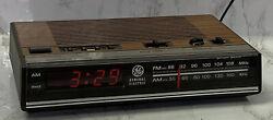 Vtg GE Digital Alarm Clock Radio AM/FM Woodgrain Model 7-4624B Wood grain Finish
