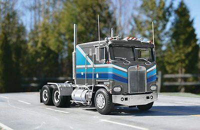 Revell Kenworth K-100 CABOVER 1/25 Truck Model Car Mountain KIT FS In stock