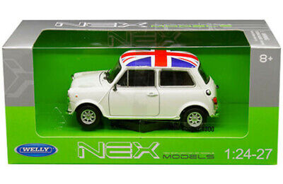 Welly 1/24 Scale White w/UK Flag Mini Cooper 1300  Diecast Car Model  22496W-UK