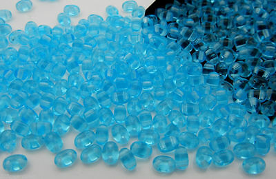 600 Czech Duo / Twin Seed Beads 2.5x5mm Aqua blue color with 2 holes