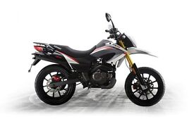 *Brand New* 2016 pre-registered: Keeway TX125cc SM Warranty. Free Delivery. Main Dealer.: 27-02