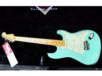 FENDER MEXICO FENDER BODY WITH A FENDER VINTAGE MODIFIED NECK SURF BLUE