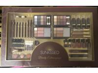 Large make up gift set x 2