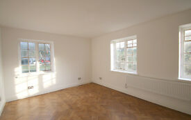 2 bedroom flat in Widecombe Court (1), Lyttleton Road, East Finchley, London, N2 0HN