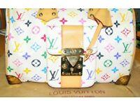 Stylish handbag; Louis Vuitton Speedy 30 in Monogram. Very good condition for 9 years age,