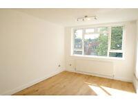 1 bedroom flat in Flat 6 Cholmeley Close, 215 Archway Road, Highgate, London, N6 5TD