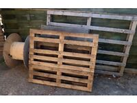 FREE to collect. 5 wooden pallets and cable drum, wood, firewood or construction.
