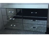 Chest of Drawers Mirrored