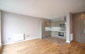 1 bedroom flat in 154 Broadway (7), West Ealing, London, W13 0TL