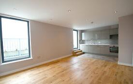2 bedroom flat in 154A Broadway (12), West Ealing, London, W13 0TL