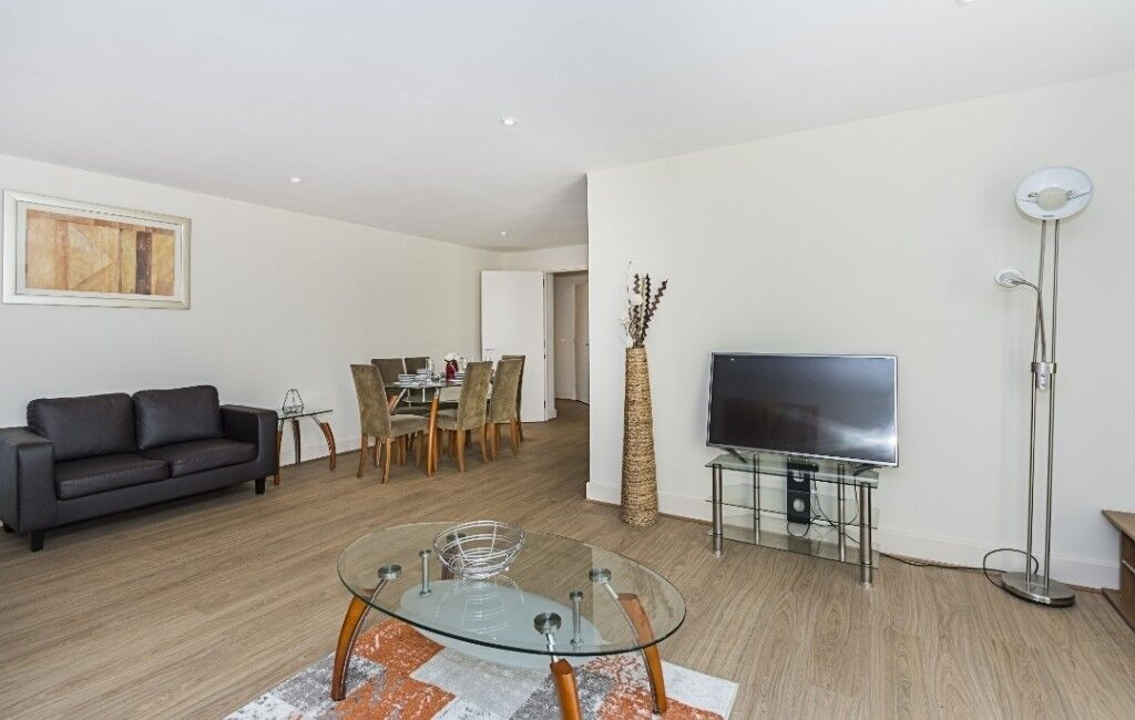3 Bedroom Apartment Available For Long Term Serviced Apartments In East London