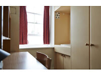 Stunning single room a few steps from Whitechapel rd, to view right now!