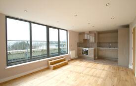 2 bedroom flat in 154A Broadway (9), West Ealing, London, W13 0TL
