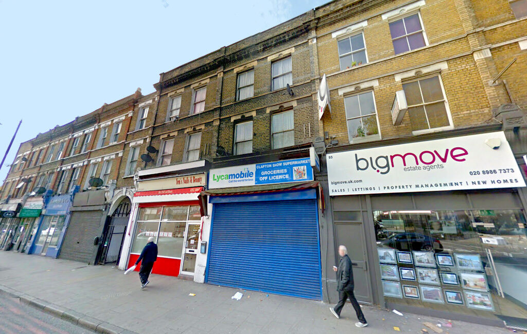 Studio flat in 91 Lower Clapton Road, Hackney, London, E5 0NP