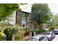 3 bedroom flat in 4c Bloomfield Road, Highgate, London, N6 4ET