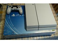 Playstation 4 - WHITE 500G CONSOLE